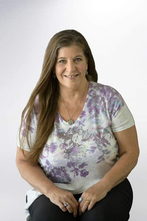 Photo of Linda Easthouse